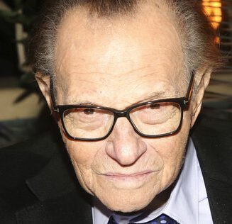 Larry King Hospitalized With Covid-19, 87-Year-Old Broadcaster In Unknown Condition – Report – Deadline